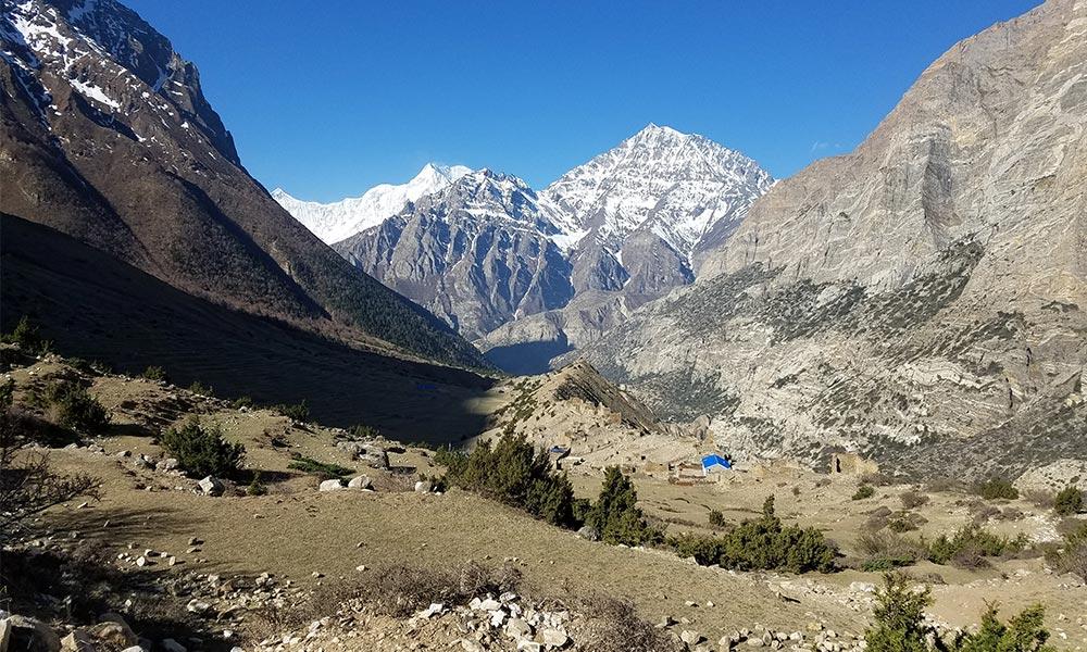 View of Pisang peak from Chyako