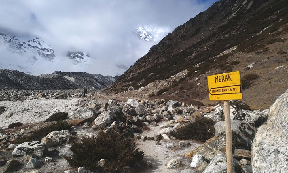 Merak Makalu Base Camp Location Indicator