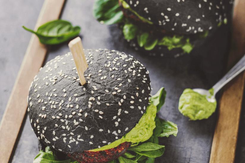 3 Fantastiske og Simple Veganske burger-opskrifter (Video)