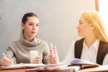 Dine kollegaer er afgørende for din arbejdsglæde