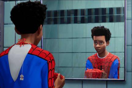 Flere anmeldere kalder ny animeret Spiderman-film for den bedste film om superhelten nogensinde