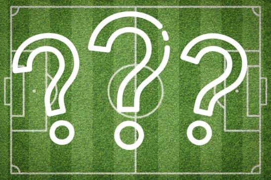 Hvor stor er en fodboldbane?