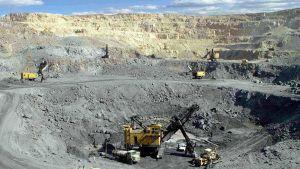 Mining in Oman