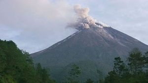 volcano Merapi