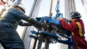 oil rig count falls
