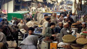 Pakistan street market