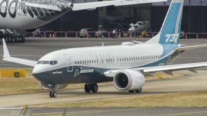 Boeing 737 MAX slat tracks