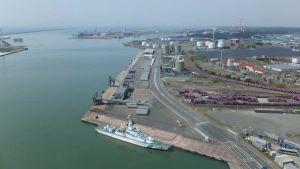 Japan port