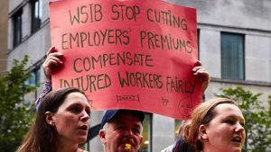 Injured workers rally