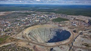 Alrosa diamond mine