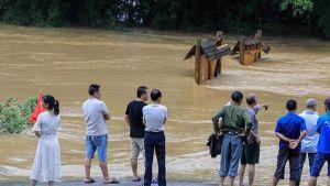 Rainstorms batter China