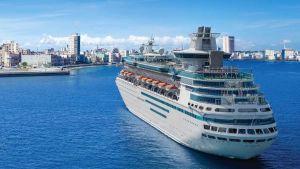 Cruiser in Havana