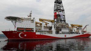 Turkish drilling ship