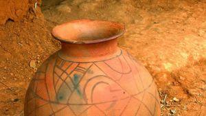 Ancient ceramic cookware