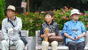 Elderly Japan people