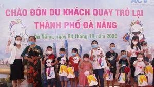 First tourists in Da Nang