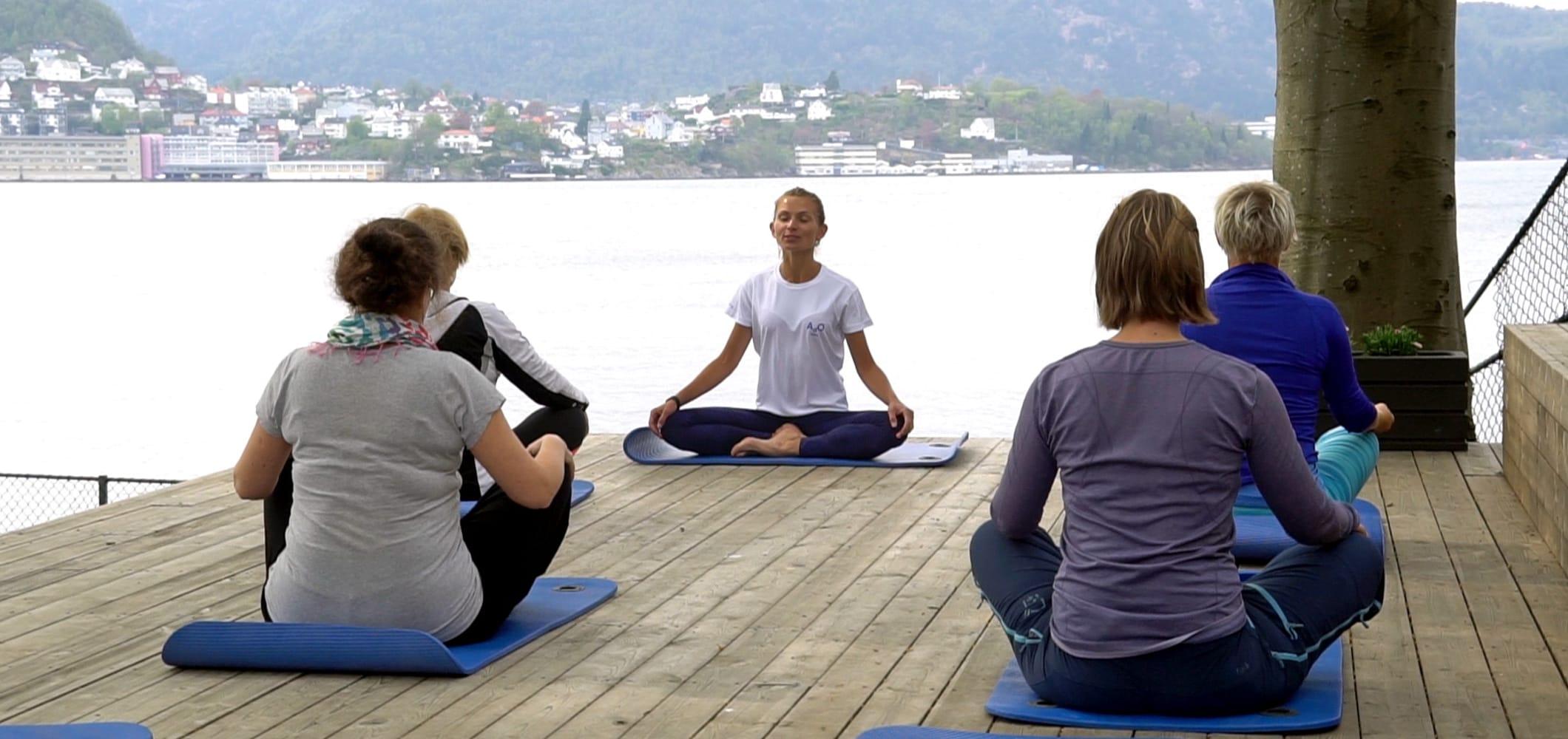 Yoga på Nordnes sjøbad