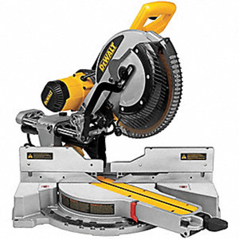 Sliding Compound Miter Saw