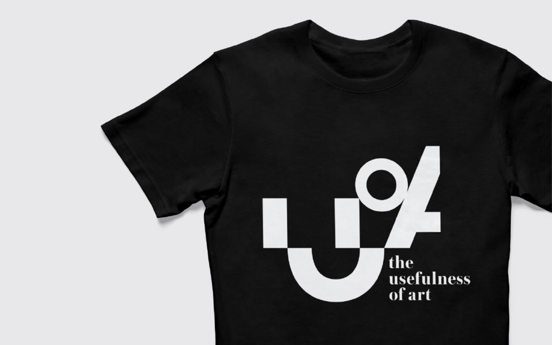 the-usefulness-of-art-apparel-design