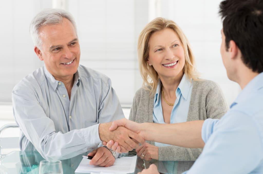 couple seeking financial advice