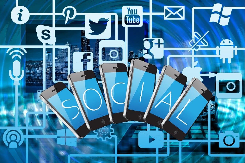Manejo de las redes sociales con su sitio web