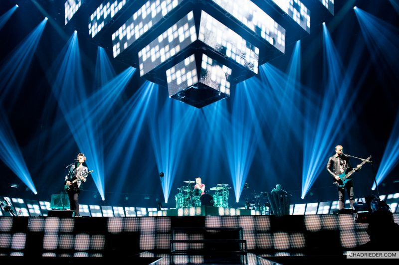 MUSE band live