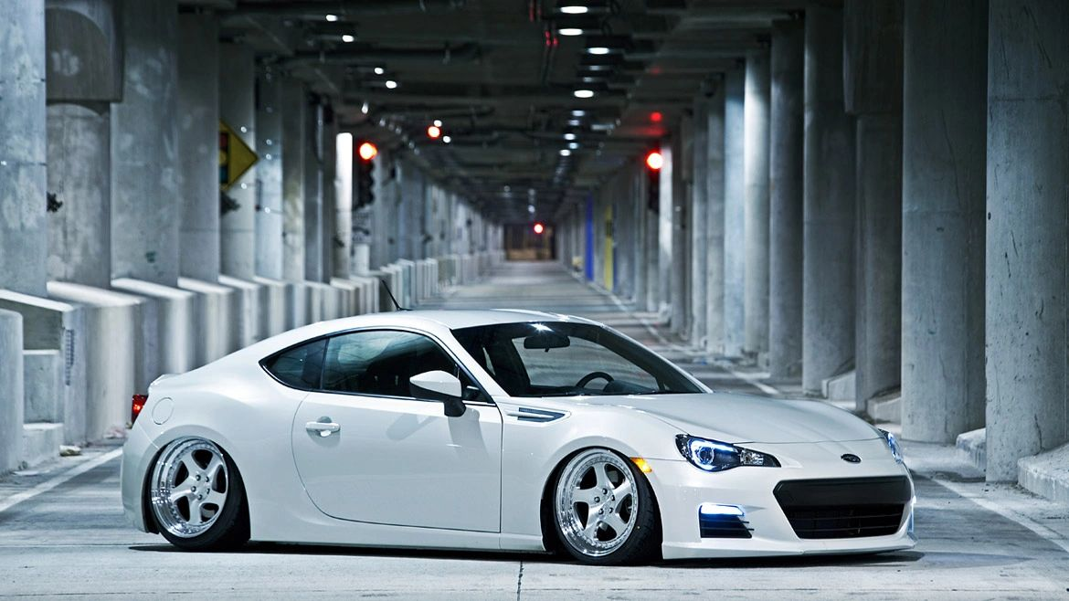 Airlift Performance Suspension: Scion FR-S / Subaru BRZ / Toyota GT86