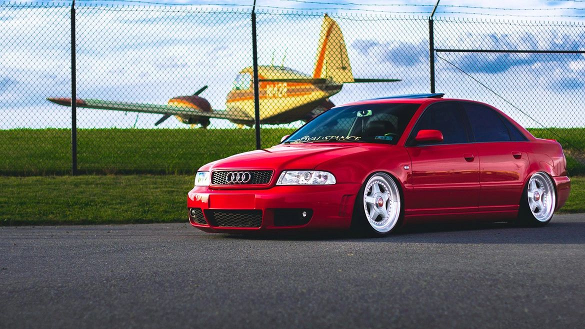 Airlift Performance Suspension: Audi A4 / S4 / RS4 (B5)
