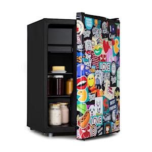 Cool Vibe 70+ Kühlschrank | Energieeffizienzklasse A+ | Volumen: 70 Liter | VividArt Concept: Tür mit Stickerbomb-Design Print | Eisfach | Eiswürfelform | Geräuschentwicklung: 42 dB