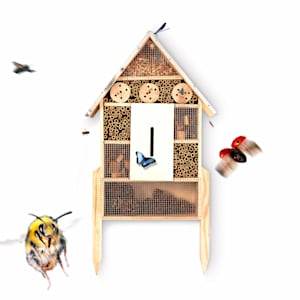 Insect house metal roof including feet, pine wood, habitable all year round