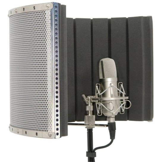 188.205 Mobile Studio Microphone Reflection Shield
