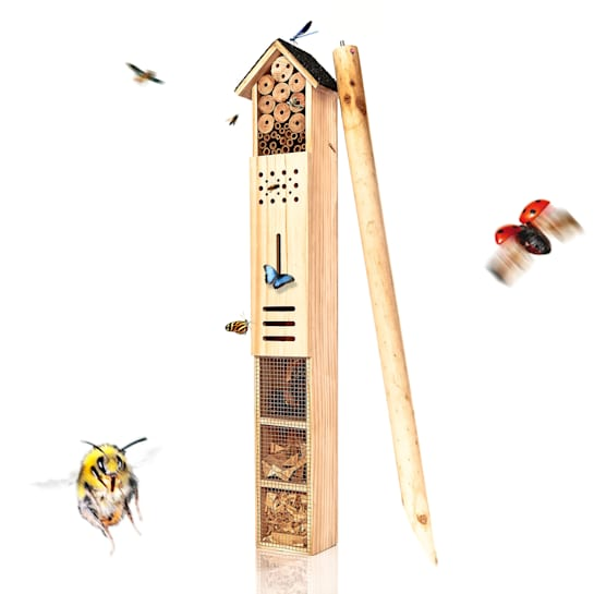 Insect hotel with ground spike habitable all year round, wood