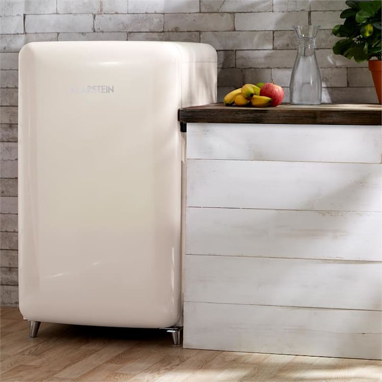 PopArt Cream Retro-Kühlschrank Creme