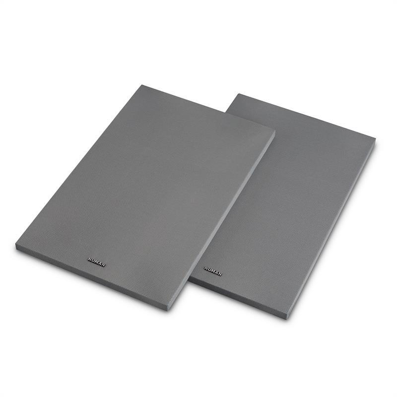 Numan Reference 802 Cover, stříbrný, kryt na regálové reproduktory, pár