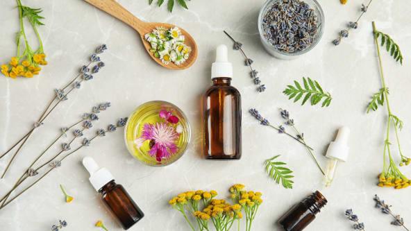 大量の植物からごく少量しか取れない天然精油をたっぷり使用。今まで味わったことのないお風呂体験をぜひご自宅でお楽しみください。