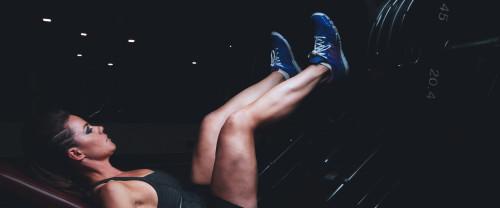 Esercizi gambe: uomini e donne ecco come allenarle al meglio!