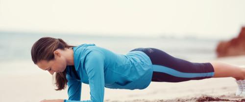 Core workout: 4 esercizi fondamentali per star bene