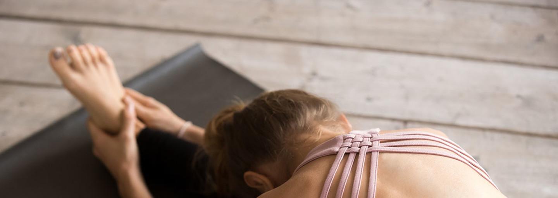 Donna fa yin yoga