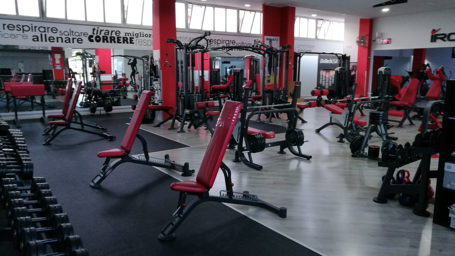 Iron Fitness  orari