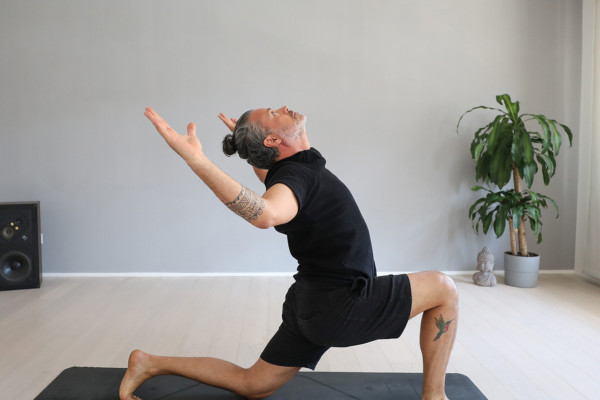 RELAXING YOGA ROUTINE