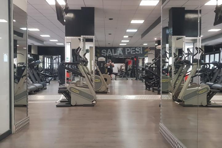 Palestra Kosmos Gym Roma