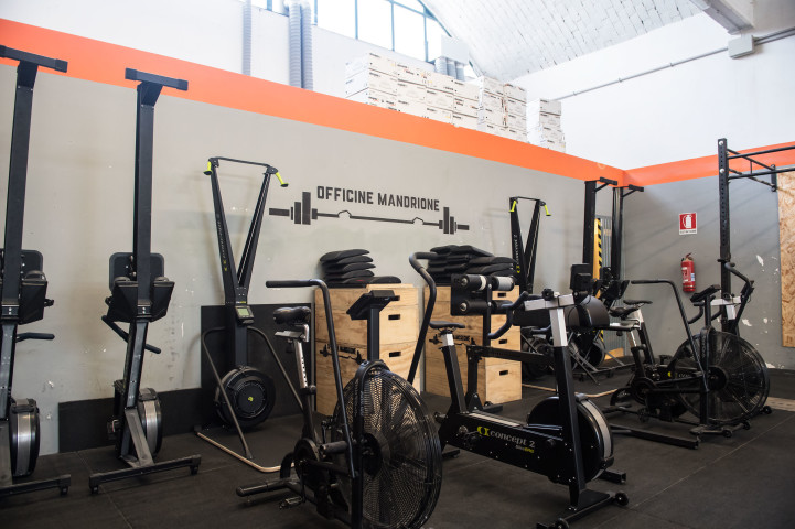 Palestra The Cave - CrossFit Mandrione Roma