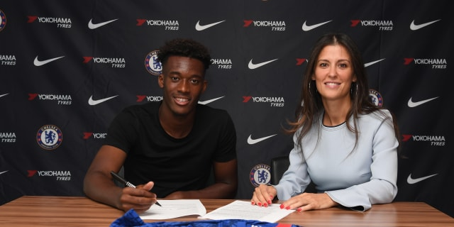 Callum Hudson-Odoi agrees new Chelsea contract | Official Site | Chelsea Football Club