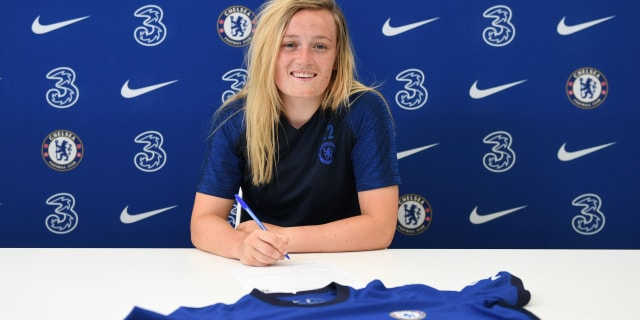 SIGNED: Erin Cuthbert extends her Chelsea stay | Official Site ...