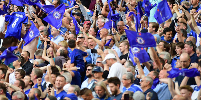 Chelsea-fans-gettyimages-960158864