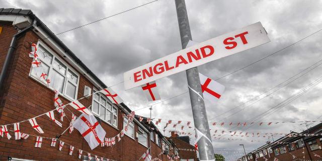 England_flags-975319474