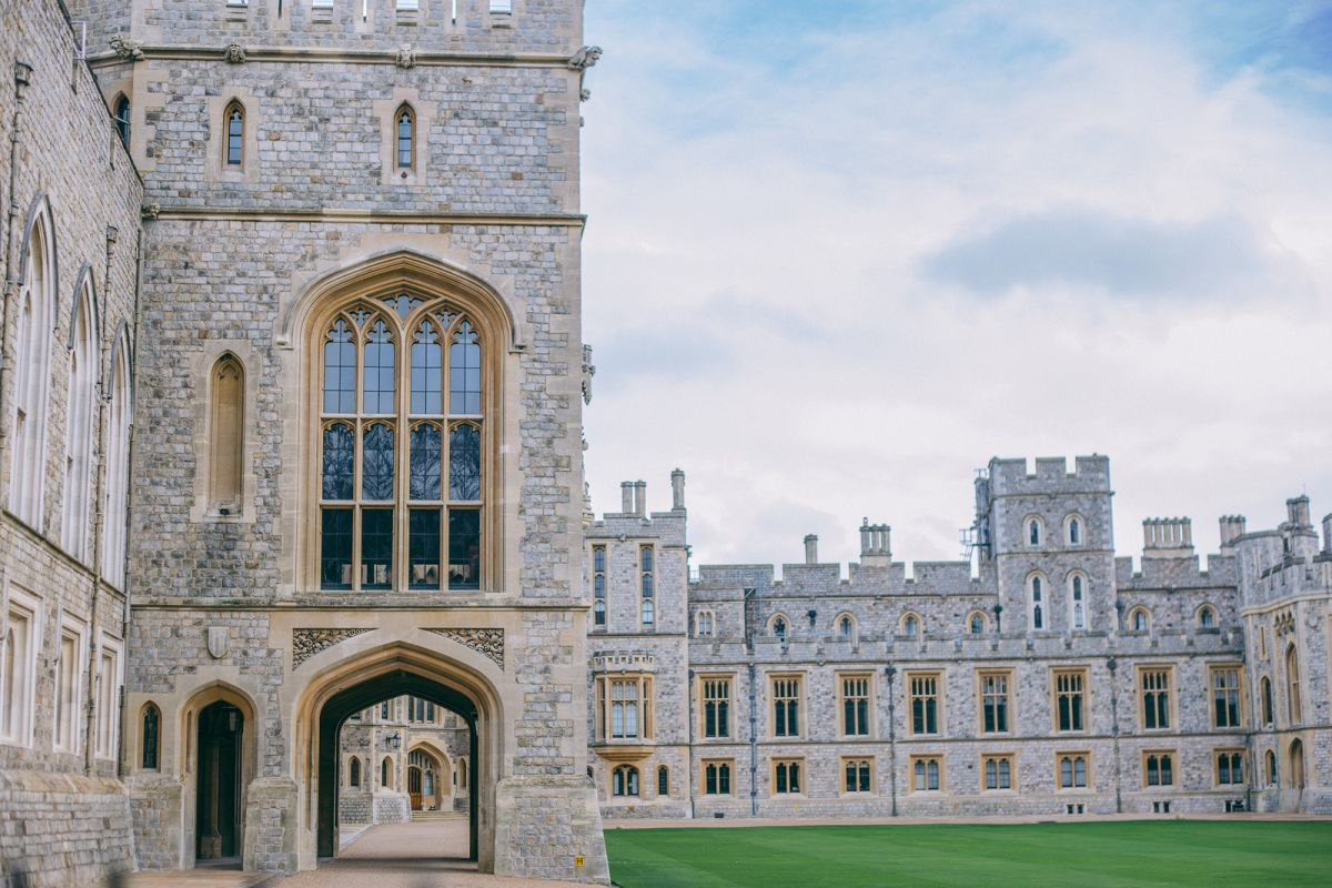 Romantic Day Trip from London: Visiting Windsor Castle