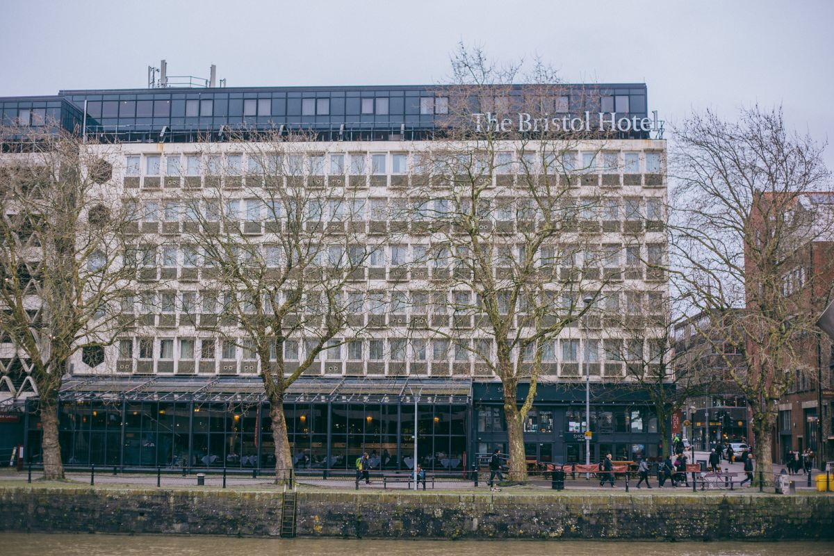 The Bristol Hotel Review: How I Work While Traveling