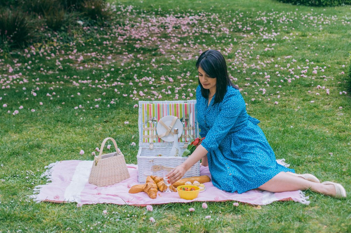 Summer Picnic Essentials: The Eco-Friendly Guide