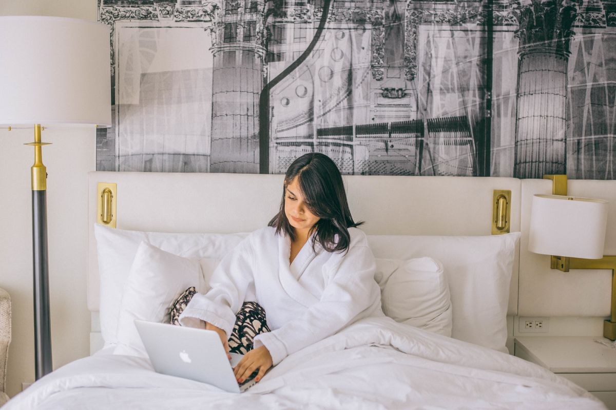15 Hotel Hacks to Ensure a Relaxing and Productive Trip